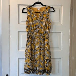 Market and Spruce dress small